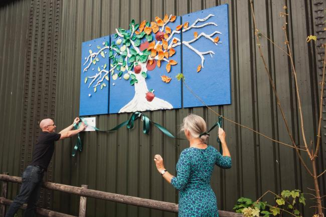 Meadowbank Day Service create a mural to hang at Sheppy's House of Cider