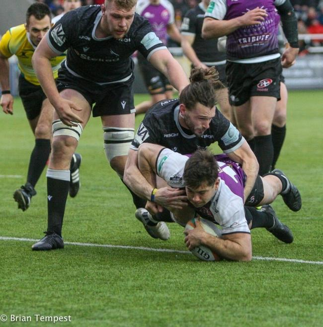 Javier Rojas Alvarez scores the Pirates' sole try in their 40-7 defeat at Newcastle Falcons on Sunday. Picture by Brian Tempest