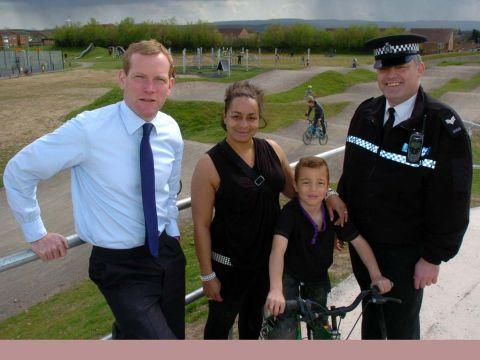 Jeremy Browne MP at the new Viridor Park cycle track in Halcon with Sgt Andy Murphy and local residents