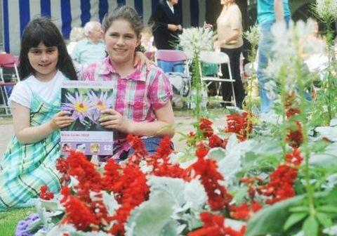Thousands expected at Taunton Flower Show