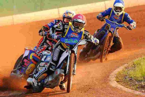 Somerset Rebels Christmas cracker meeting latest