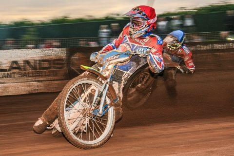 Third attempt at Christmas Cracker meeting for Somerset Rebels