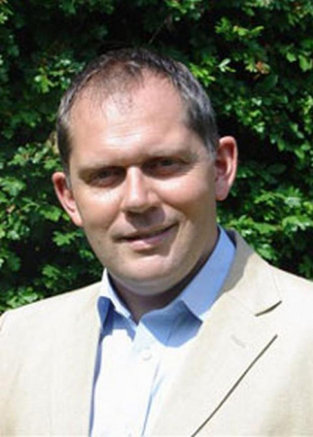 Cllr Mark Edwards
