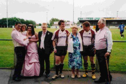 Happy wedding day for couple at Somerset Vikings