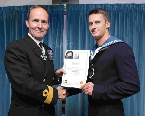 Former Helston pupil joins elite Navy divers