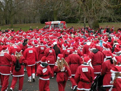 Call for volunteer Santas in Taunton