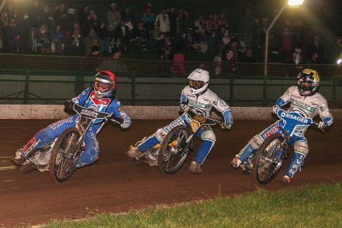 Ryan Fisher leads the way in heat one for Somerset Rebels