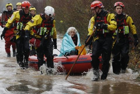 Diana Mallows was rescued by firefighters after four days stranded.