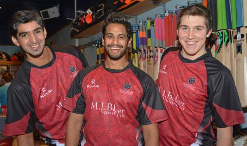 Arul Suppiah, Gemaal Hussain and Jamie Overton sporting the 2013 T20 kit