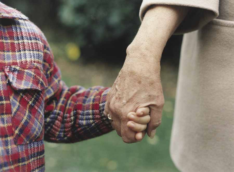 'Private' foster carers in Somerset urged to come forward