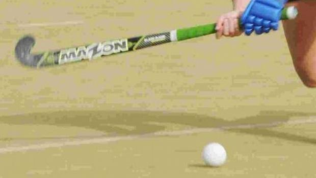 HOCKEY: Saunders keeps Marjons at bay