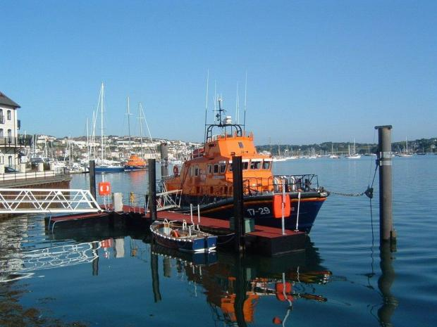 RNLI volunteers raise £720 outside Falmouth supermarkets