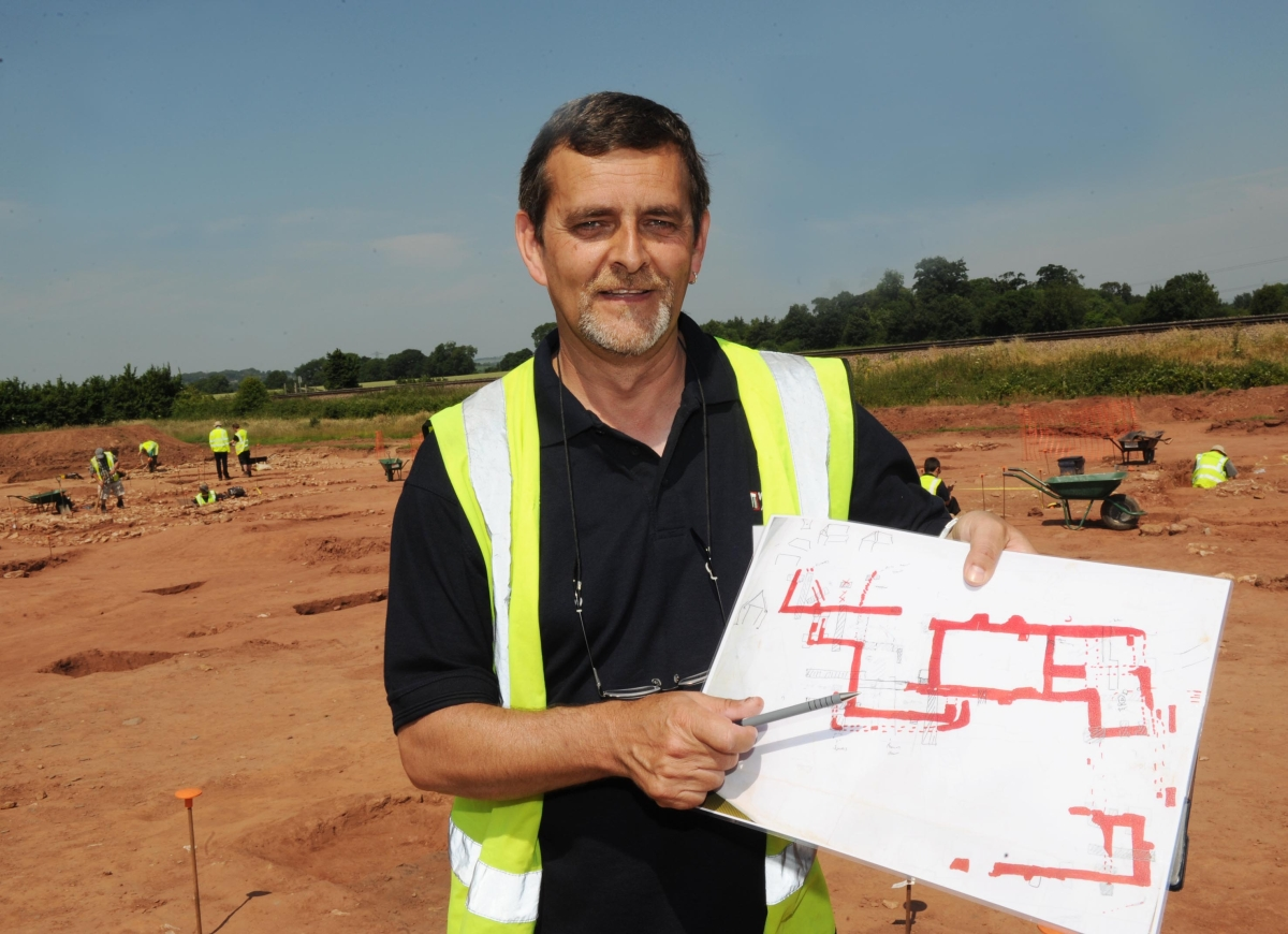 Medieval 'manor house' unearthed at Longforth Farm development
