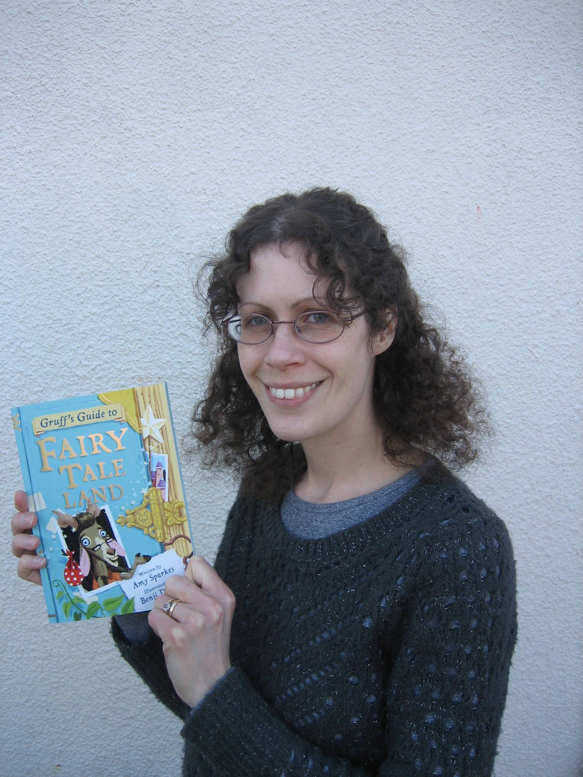 Children's author Amy to run writing course