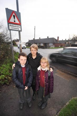 Parents worried about schoolchlidren crossing busy Monkton Heathfield road