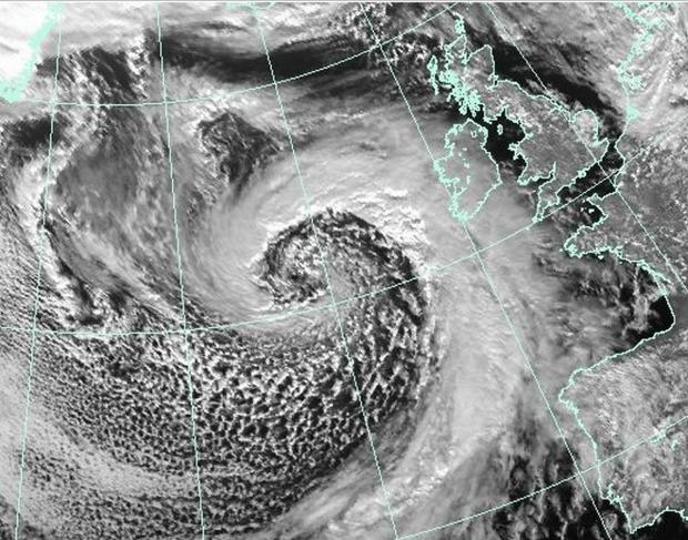 This is The West Country: 'Violent storm force 11' winds expected at midday as latest storm hits