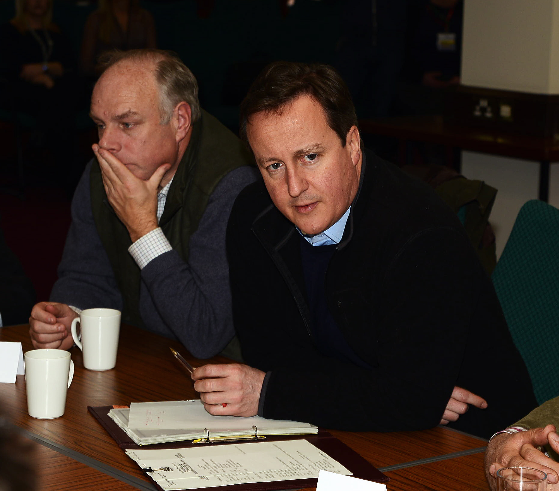 Cameron quizzed by press during Somerset visit