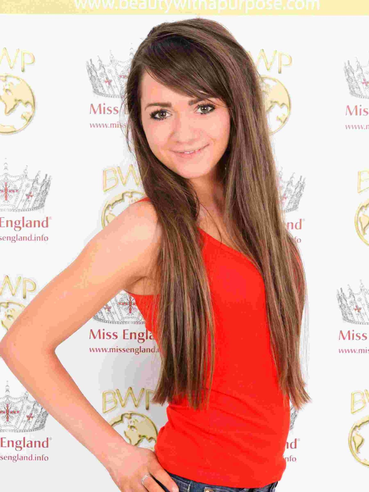 Two aspiring beauty queens vie for Miss Cornwall crown