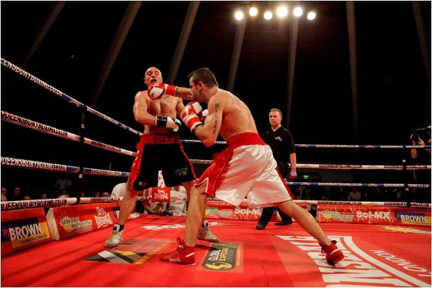 This is The West Country: BOXING: Judges rule in Isaacs favour