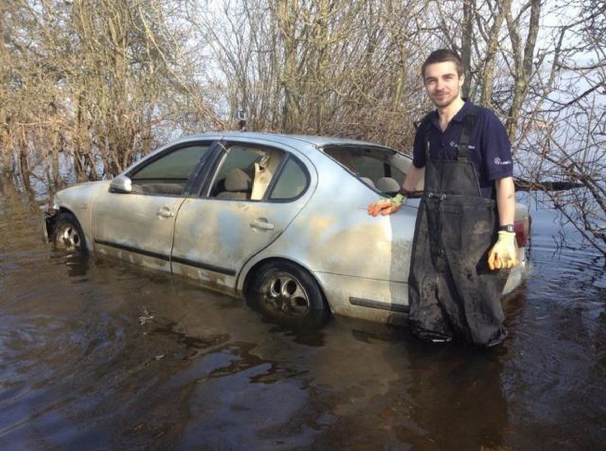 Flood car sold on eBay for over £