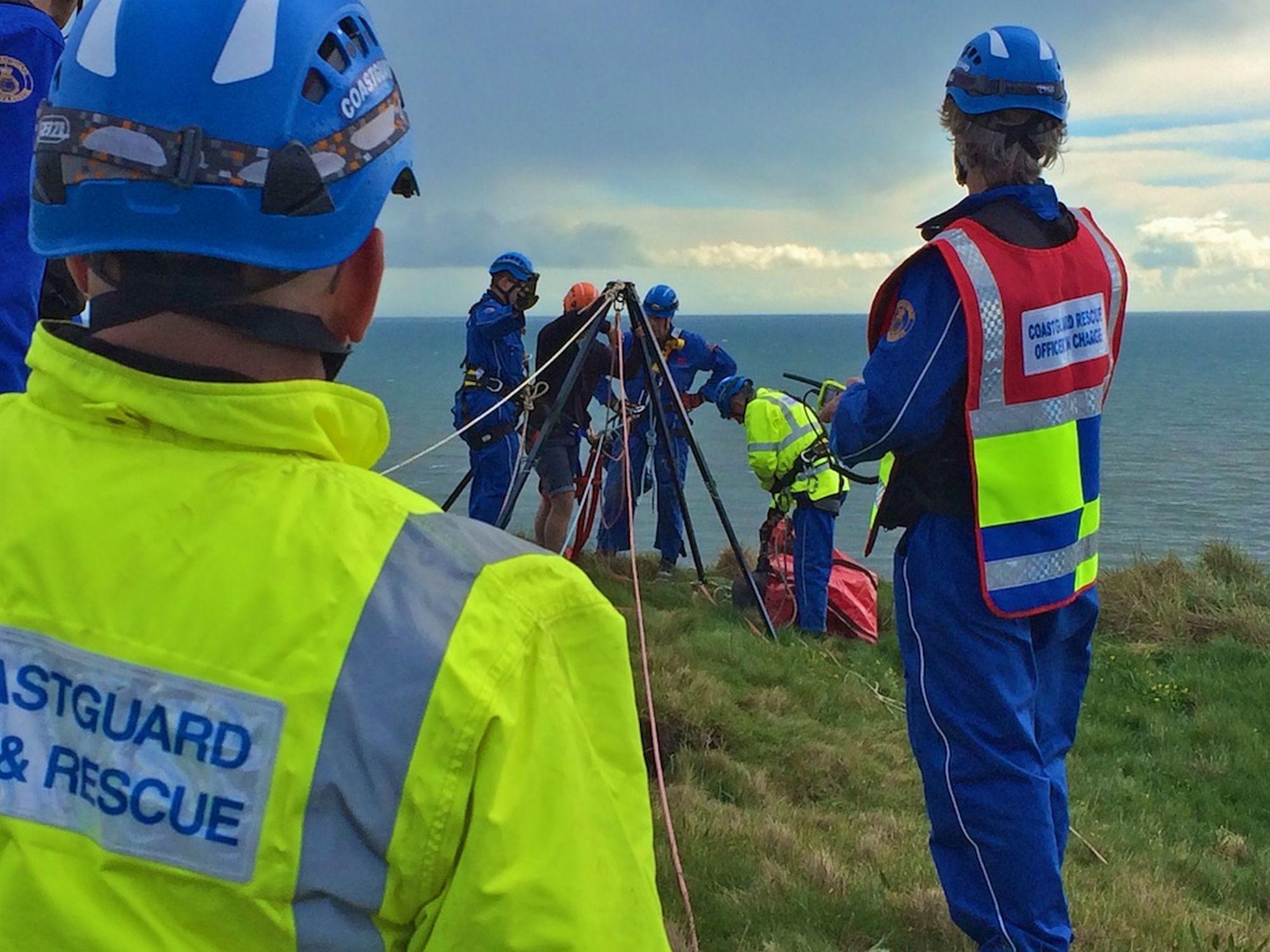 Dog over cliff near Mawnan leads to rescue
