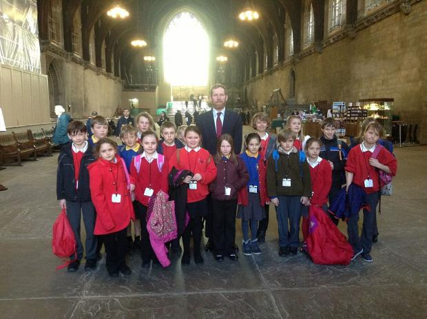 Jeremy Browne with pupils