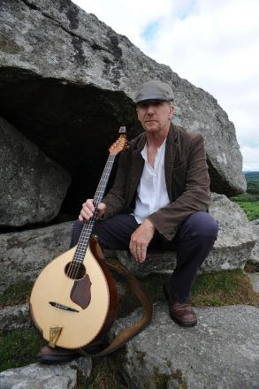 LEISURE: Andy Clarke to plat Bradninch Folk Club