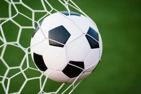 Burnham United downed by late goal