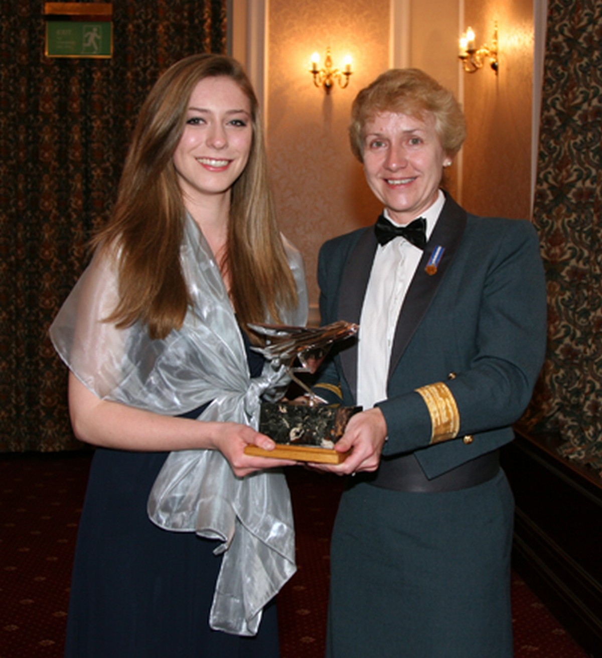 Yeovil teenager awarded air cadet accolade
