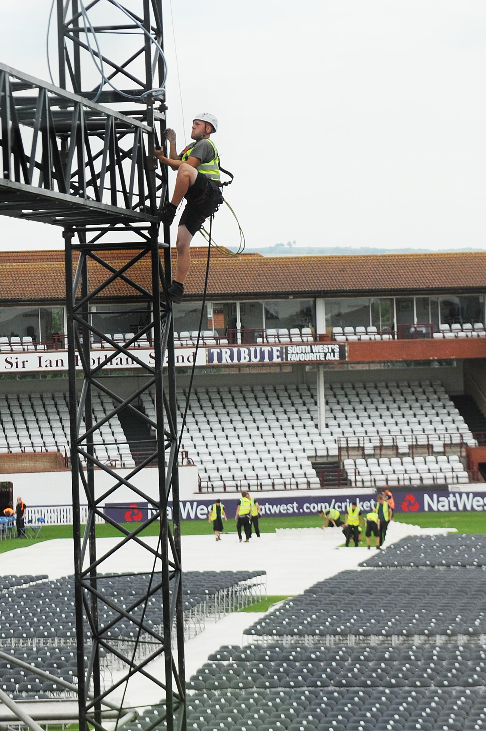 Preparations in full swing for Rod Stewart concert in Taunton - includes road closure details