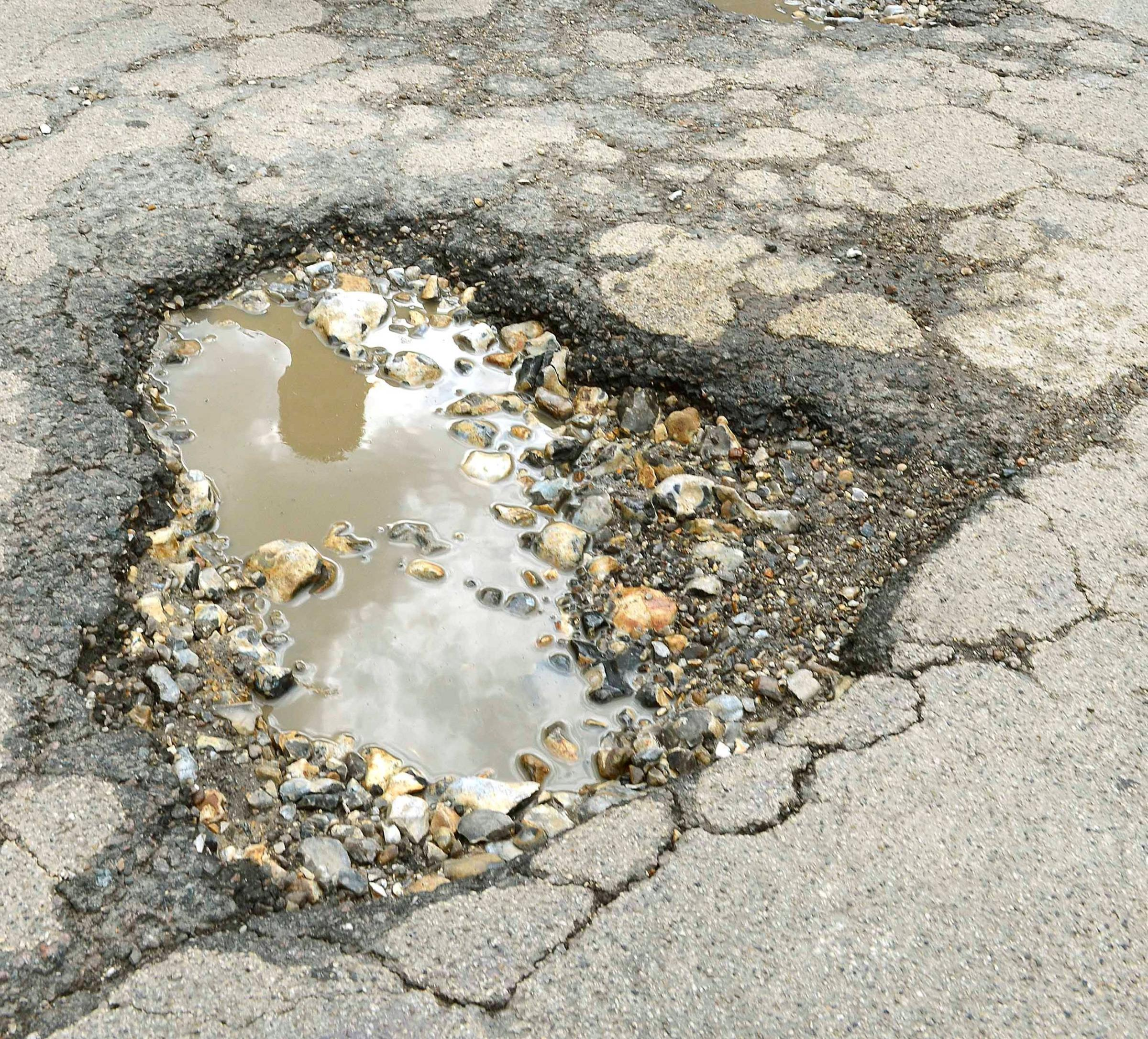 Government in cash boost to help repair Somerset's roads