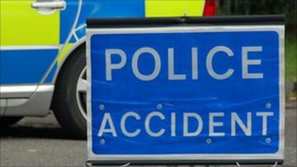 A30 traffic troubles after three vehicle crash