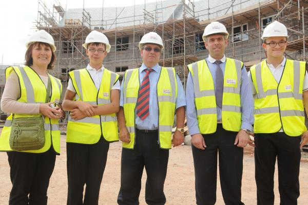 GCSE students learn the art of construction