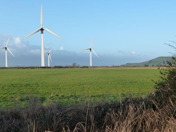 NO wind farm for Brent Knoll after a successful campaign by No Pilrow.