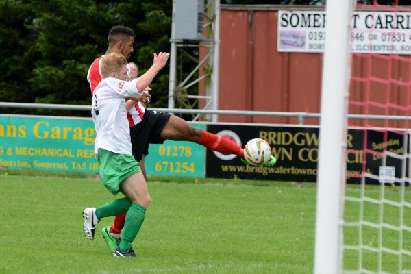 Rendall double fires Robins to opening day victory
