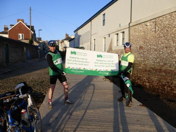 South Somerset duo raise £1,000 from cycle challenge