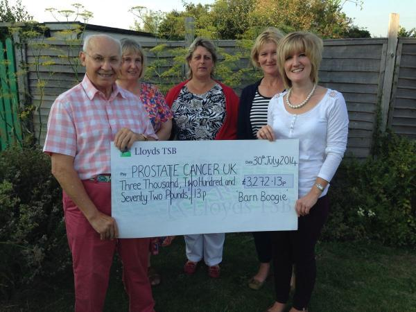 Ilminster florist raises £3,000 at Barn Boogie event