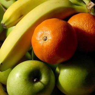 A study revealed that eating fruit every day can reduce the risk of heart an