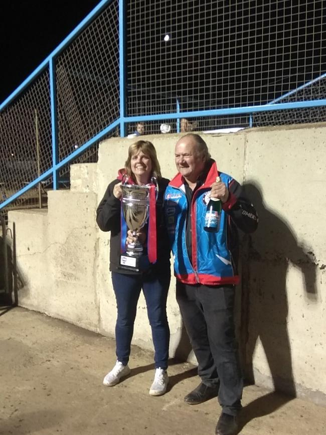 SOMERSET Rebels promoter Debbie Hancock and team manager Garry May lift the KO Cup
